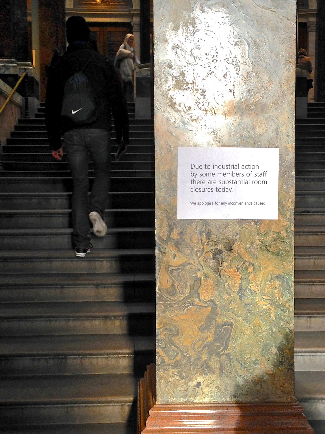 Sign inside the National Gallery (click to enlarge)