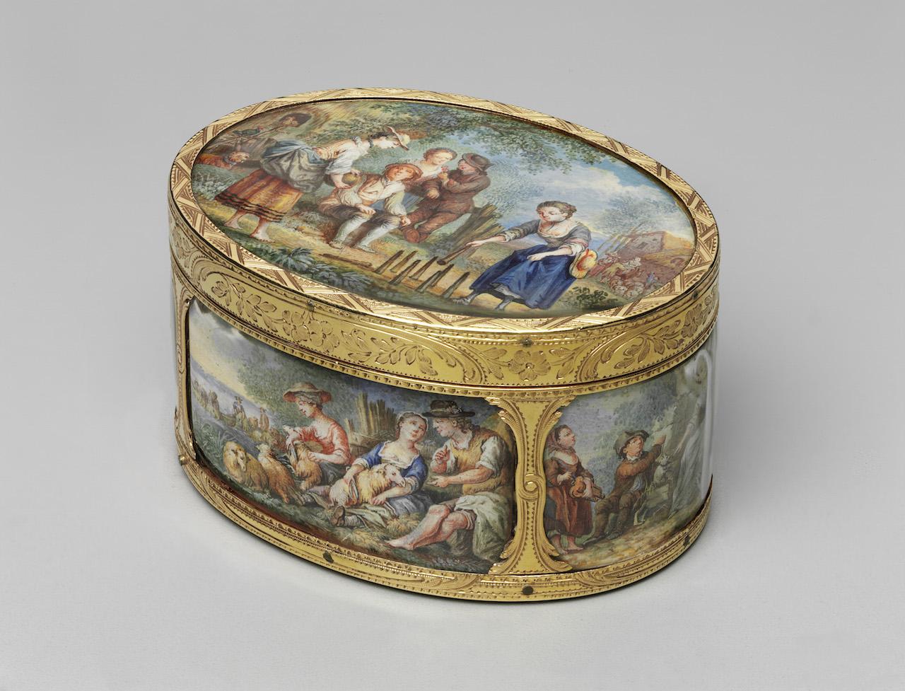 "Jean-Baptiste Bertin, ""Snuff Box"" (c. 1770) (Gift of the heirs of Bettina Looram de Rothschild; photo © Museum of Fine Arts, Boston)"