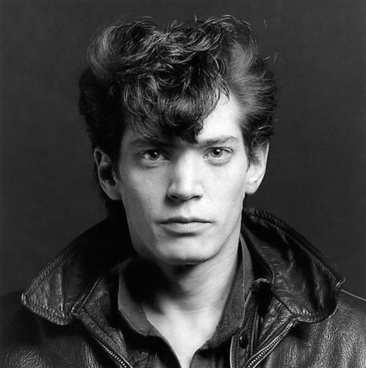Robert_Mapplethorpe,_Self-portrait,_1980