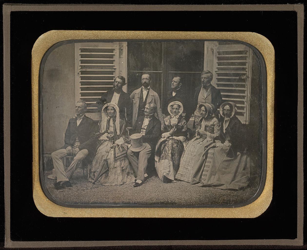 """Jean-Gabriel Eynard, """"Family and Friends at Fleur d'Eau"""" (1850), daguerreotype (J. Paul Getty Museum, via Wikimedia)"""