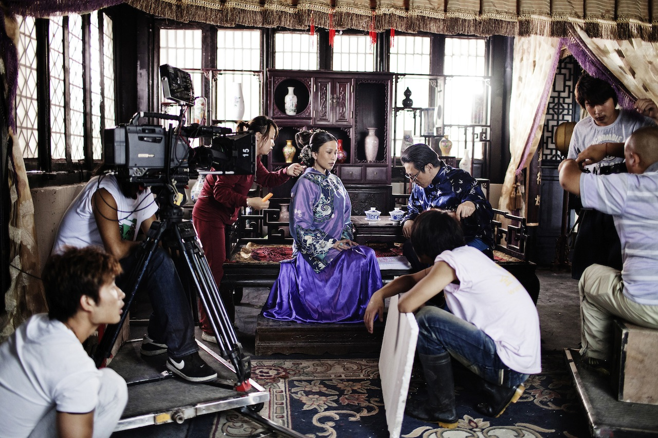 Italian photographer Giulio Di Sturco was granted the award in replacement of Giovanni Troilo for his series Chollywood, a look into the Chinese movie industry. (Image courtesy of  Giulio Di Sturco)