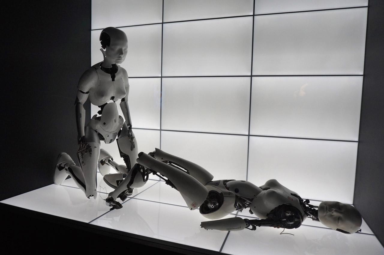 "Chris Cunningham, ""All Is Full of Love"" Robots (1999) (photo by Jillian Steinhauer/Hyperallergic)"