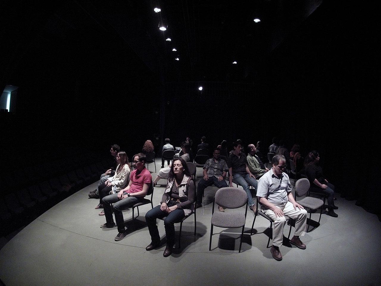 Nahum's hypnosis performance at the  Zapopan Art Museum