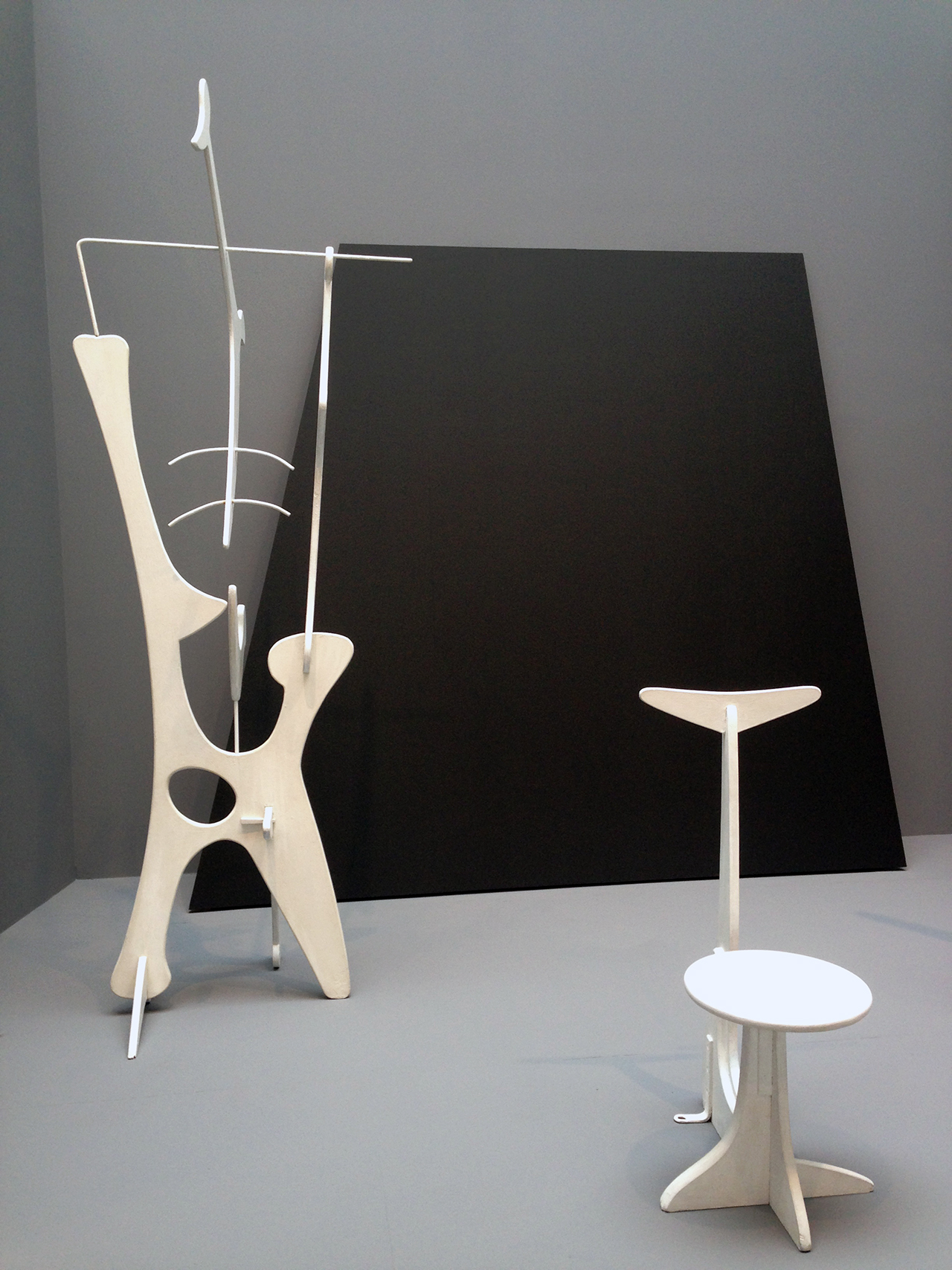 Installation view, 'Isamu Noguchi: Variatons' at Pace Gallery (click to enlarge)