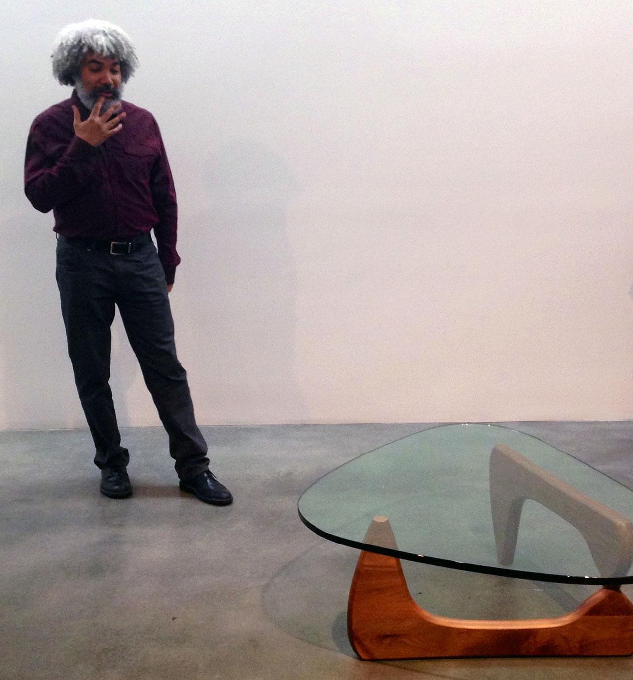 Wilson discussing Noguchi's work (click to enlarge)