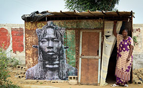 Post image for Portraits of Powerful Women on the Streets of Senegal