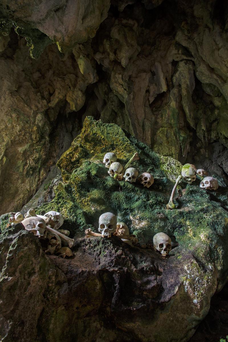 Ke'te Kesu burial cave, Tana Toraja, Indonesia (©2015 Dr. Paul Koudounaris)