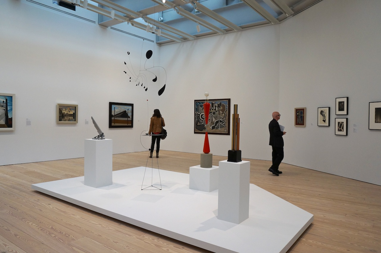 Installation view with Alexander Calder sculptures in the center (click to enlarge)