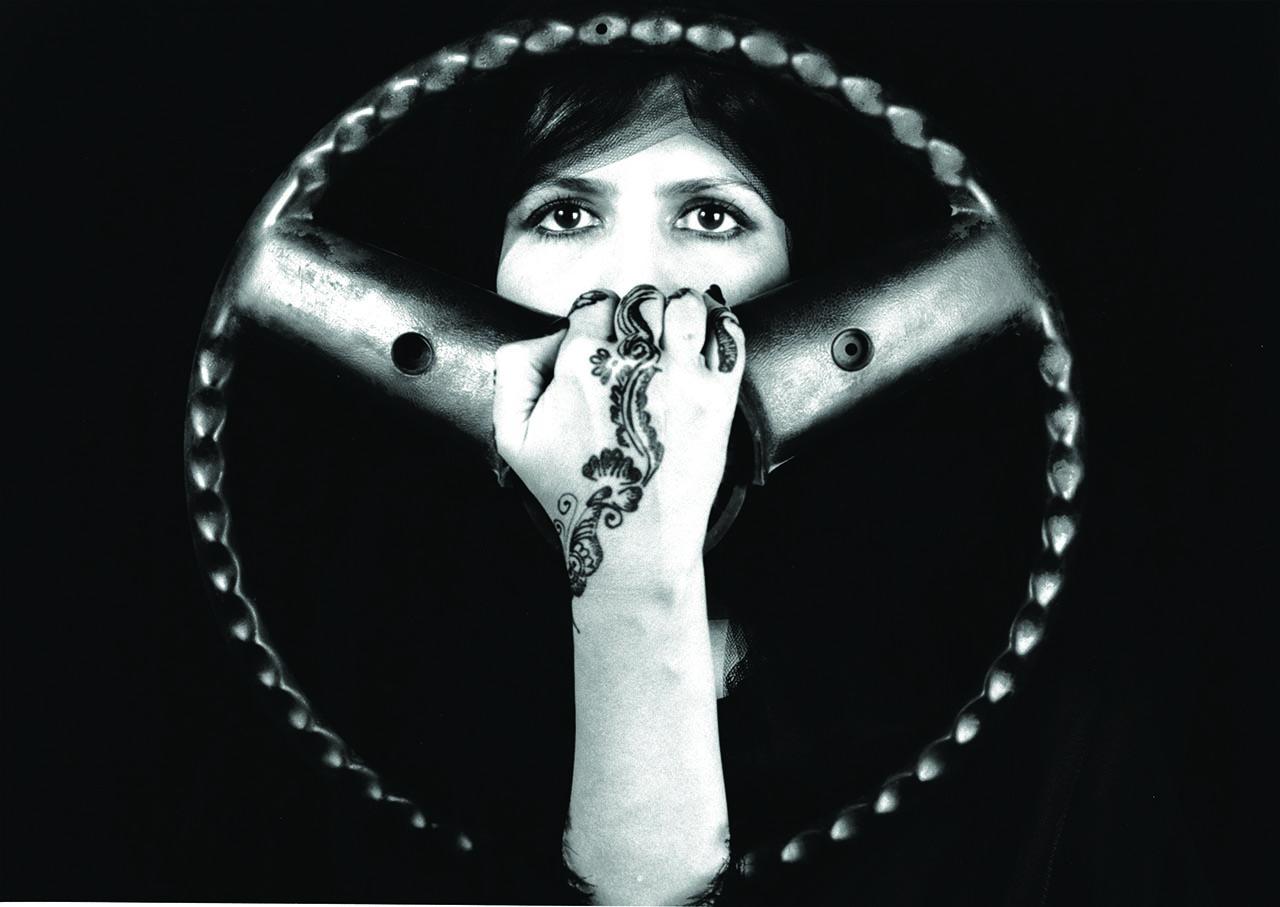 Manal-Al-Dowayan-The-Choice-2005-Silver-gelatin-Dibre-Print-34-x-49-cm