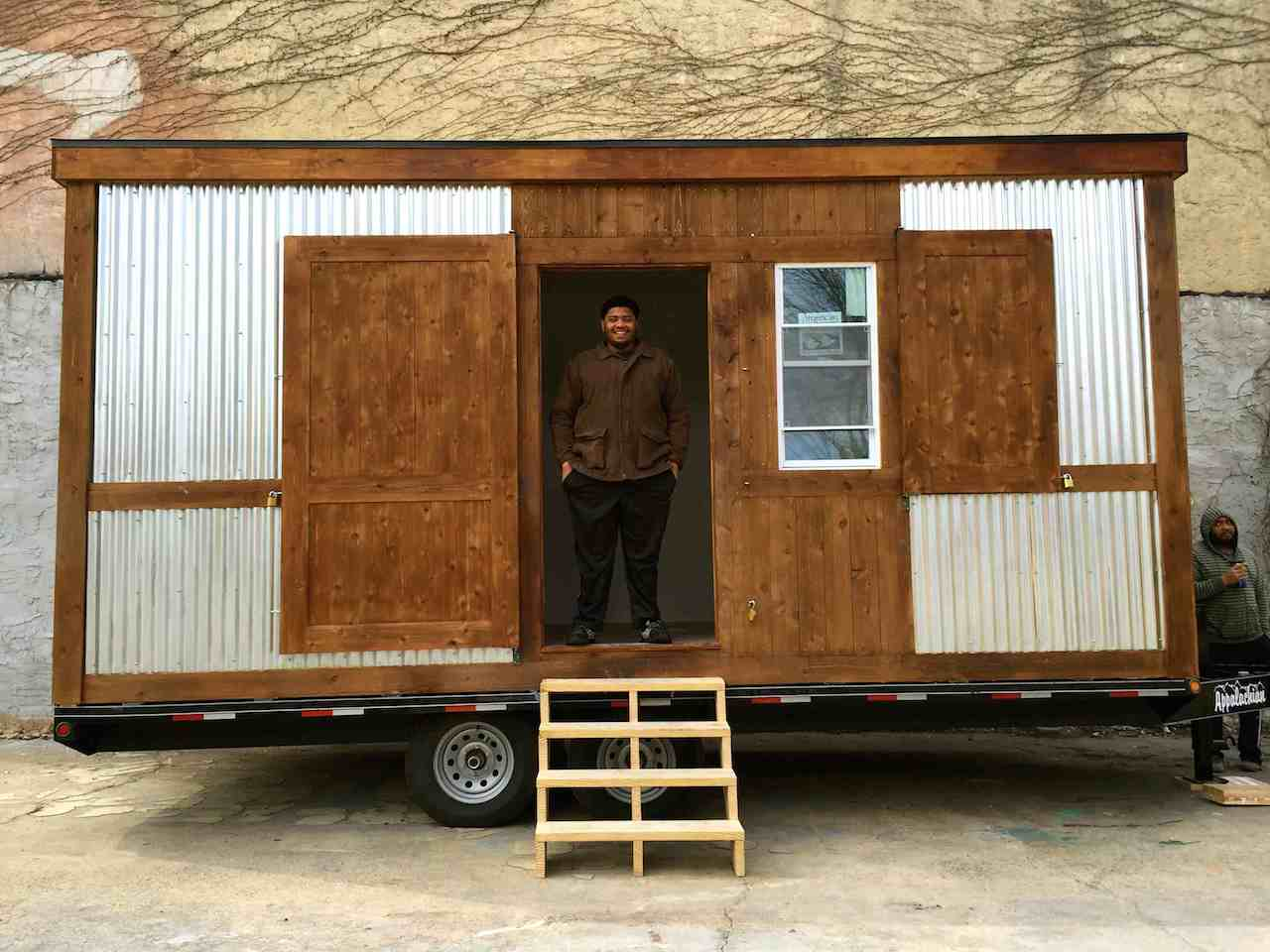 Can Mobile Architecture Alleviate The Affordable Studio Space Crisis