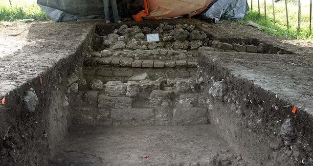 mayan city edge