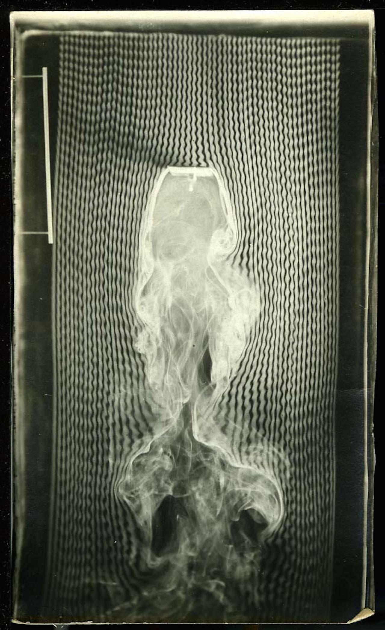 Untitled [Fumées - plan normal à la direction du courant (smoke)] Étienne Jules Marey, 1901, courtesy of Cinémathèque Française, Paris