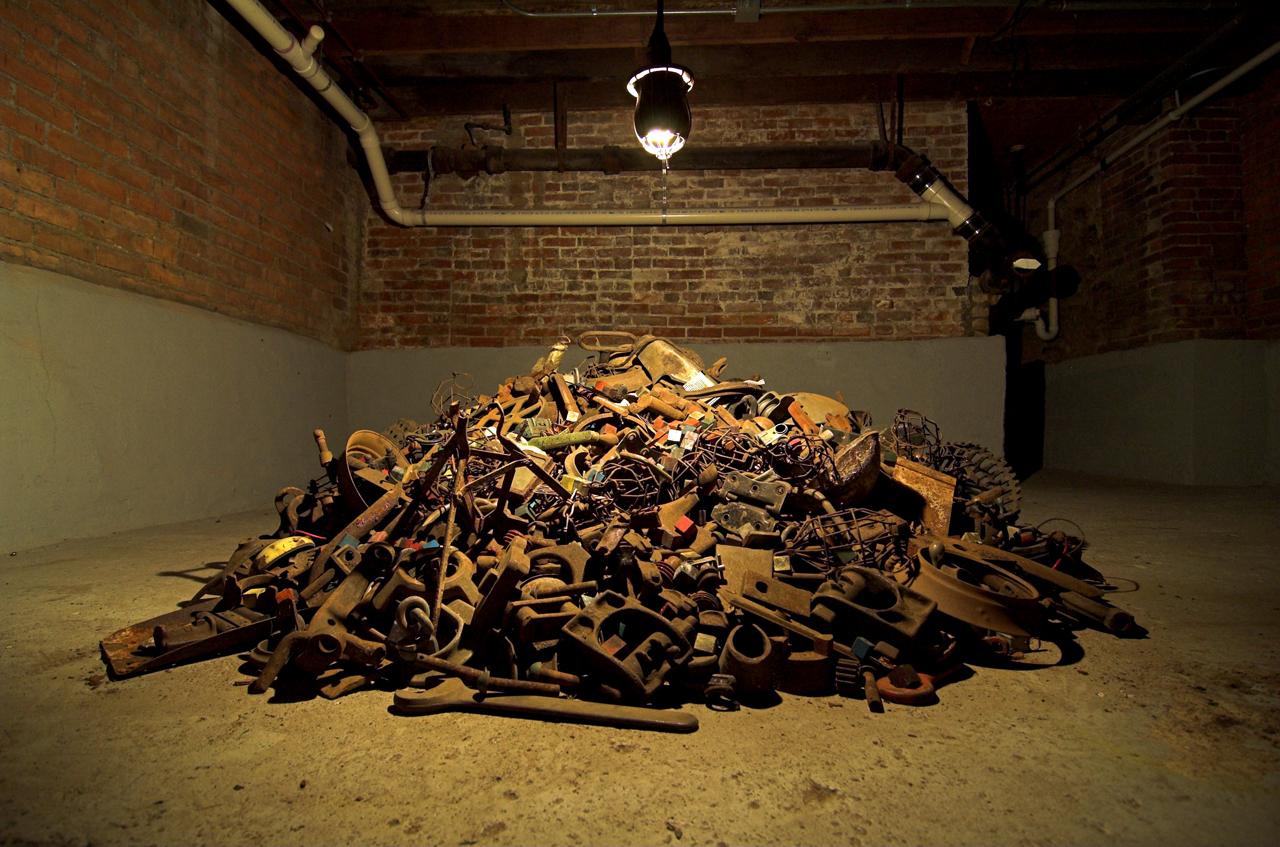 """""""Detroit Midden Mound"""" (2008), Hocking's first iteration of his mound inquiries"""