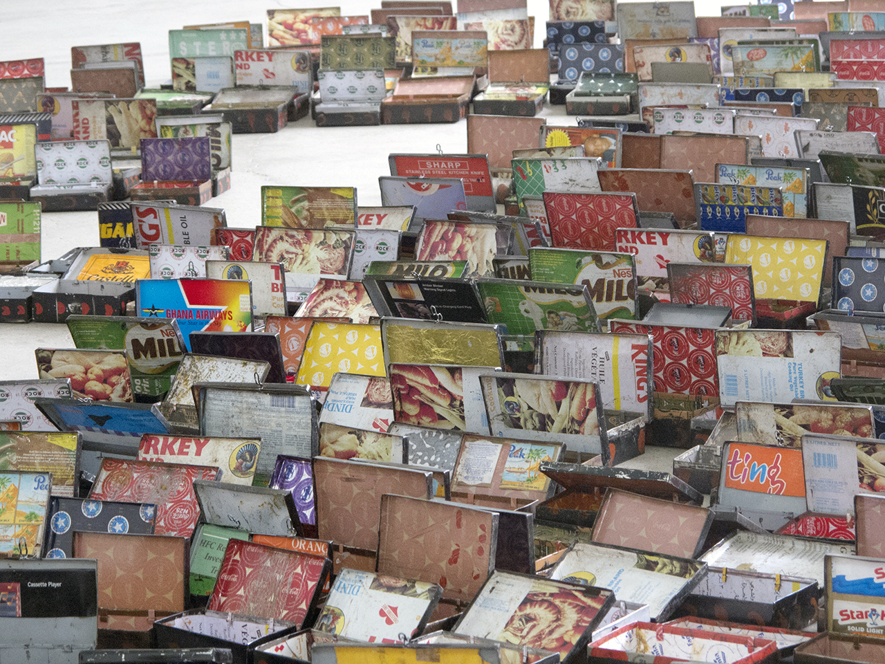 """Detail of """"Open(ing) Market"""" (2004), a 1,755 piece installation. (photo by the author for Hyperallergic)"""