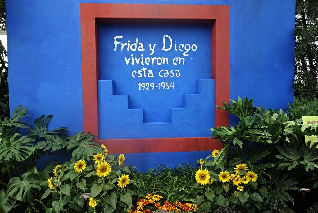 Frida: Art, Garden, Life