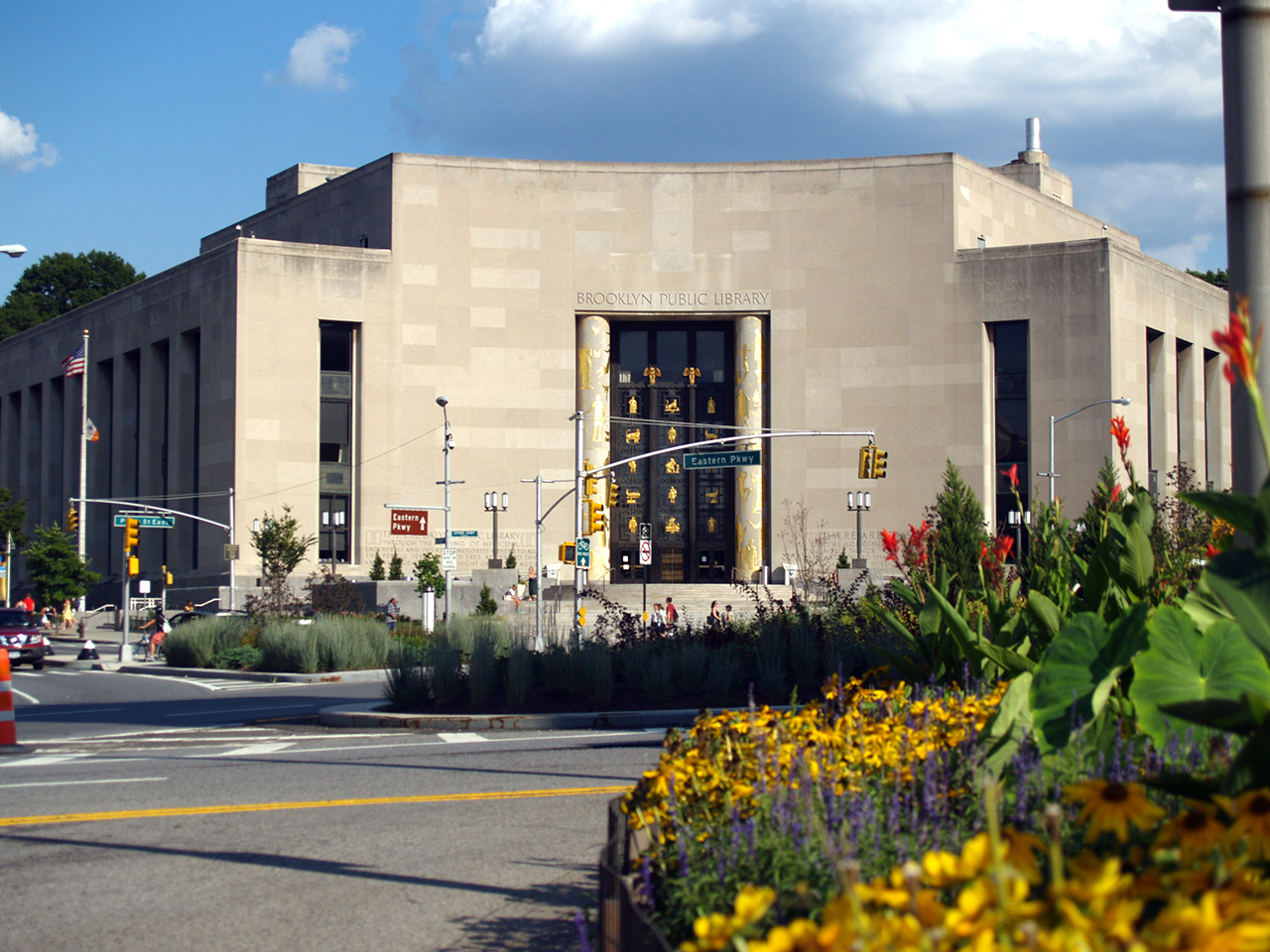 The Brooklyn Public Library system's Central Library (photo by David Shankbone/Wikipedia)