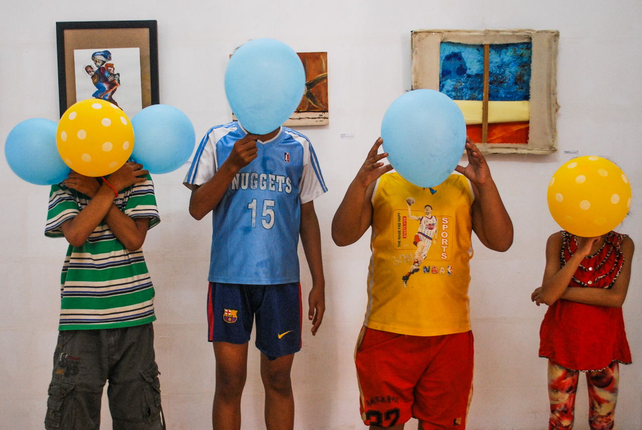Kids playing at Sammaki.