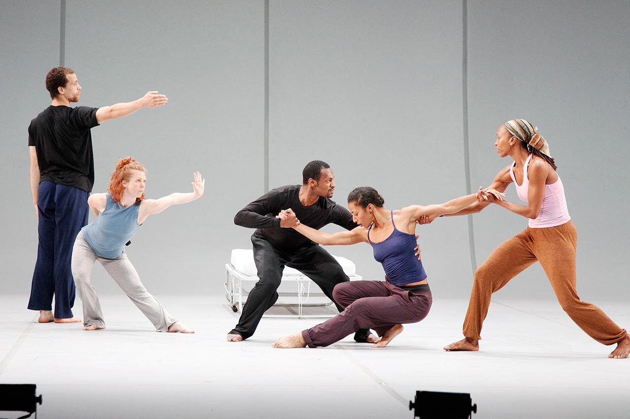 "Bill T. Jones/Arnie Zane Dance Company, ""Analogy/Dora: Tramontane,"" with (left to right): Talli Jackson, Jenna Riegel, Antonio Brown, Rena Butler, and Shayla-Vie Jenkins (photo by Paul B. Goode)"