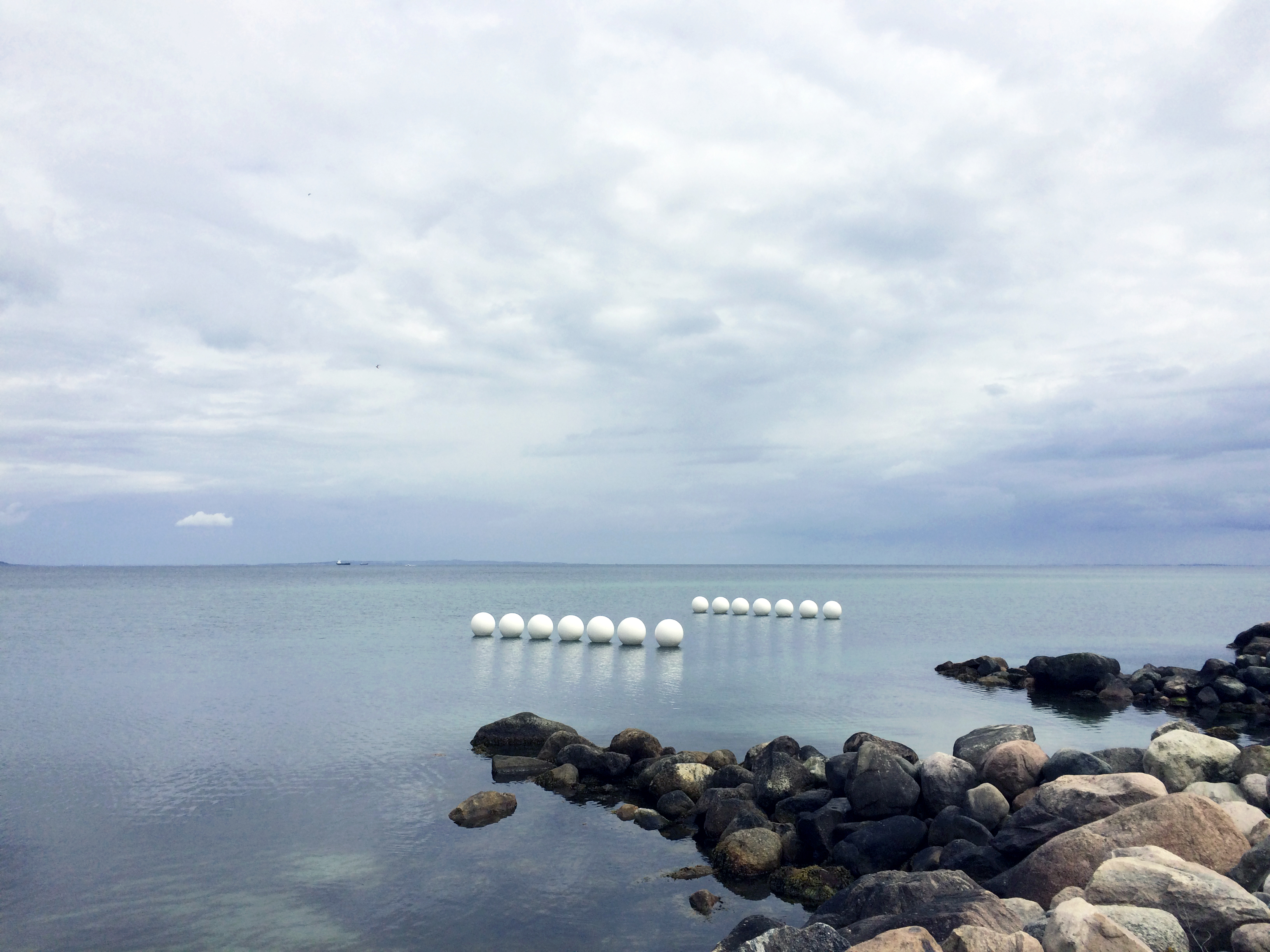 "Gary Deirmendjian, ""Worms - Aarhus Bay"" (2015)"
