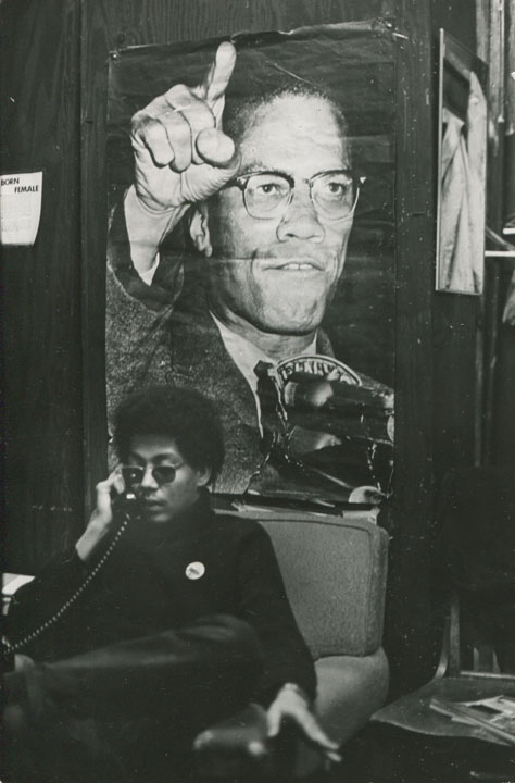 "Fred W. McDarrah, ""Pablo Guzman, Yoruba of the Young Lords"" (c. 1968), vintage gelatin silver print, 7 x 4 ½ inches (17.8 x 11.4 cm) (via bronxmuseum.org)"