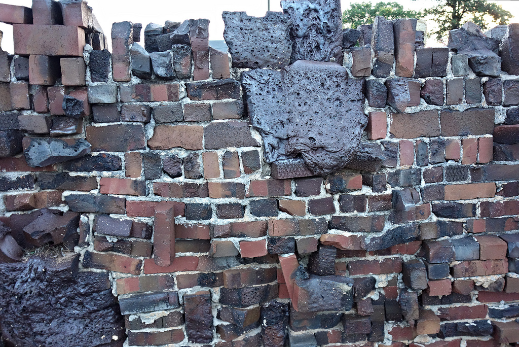 What Are Clinkers : The madcap masonry of clinker bricks