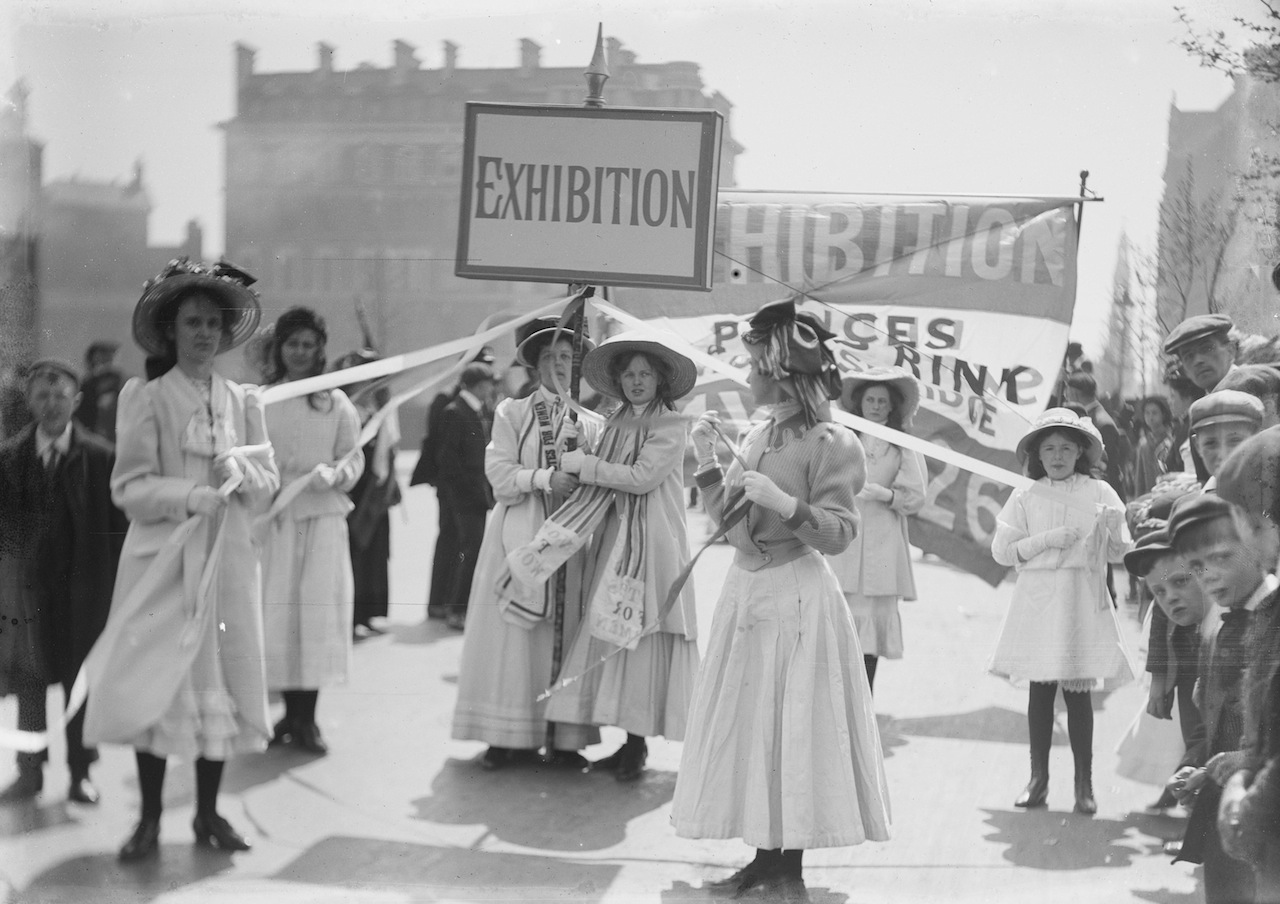 Soldiers and Suffragettes - The Photography of Christina Broom