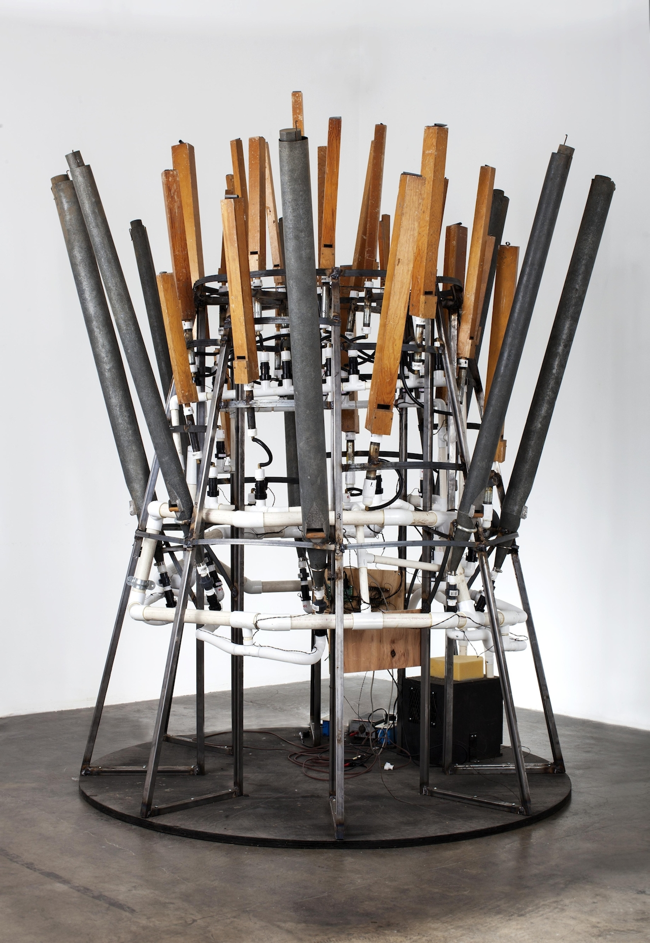Mark Motherbaugh The General, 2014 Vintage organ pipes, electronics, and steel 96 x 87 in. Photograph by David Lekach