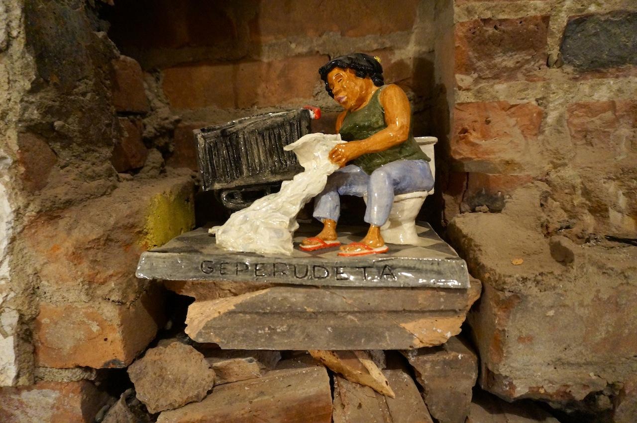 "Shellyne Rodriguez, ""Geperudeta"" (2014), ceramic"
