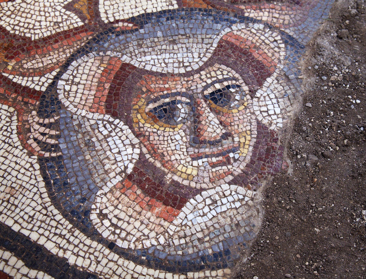 Theater mask in the Huqoq synagogue mosaic.