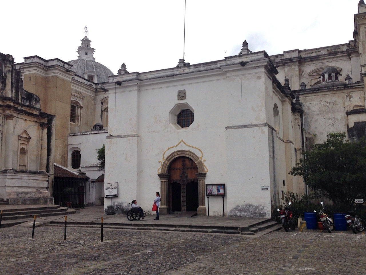 The Catedral de San Francisco in Antigua, Guatemala, is the city's oldest church. (Image by the author for Hyperallergic)