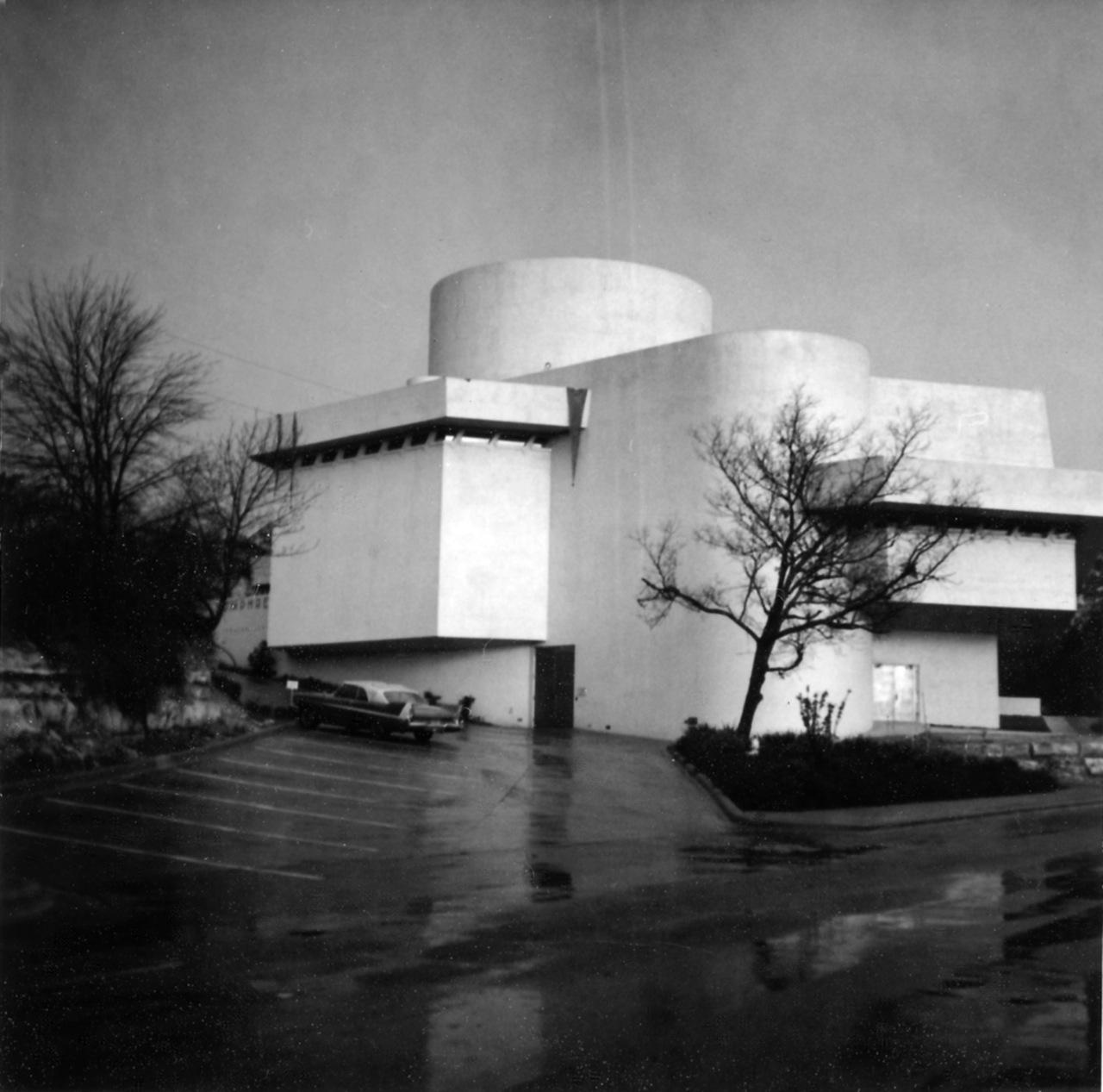 The Kalita Humphreys Theater in Dallas (Image via Wikimedia)