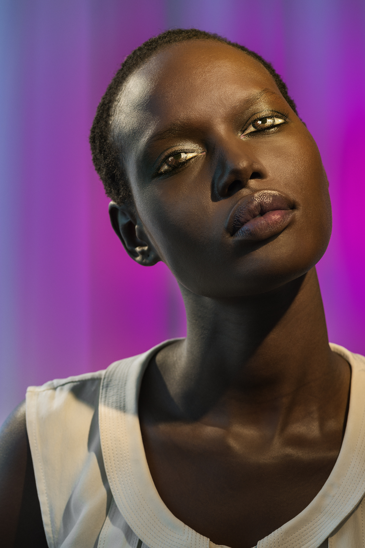 """Laurie Simmons, """"How We See/Ajak (Violet)"""" (2015), pigment print, 70 x 48 inches (© Laurie Simmons, courtesy the artist and Salon 94)"""