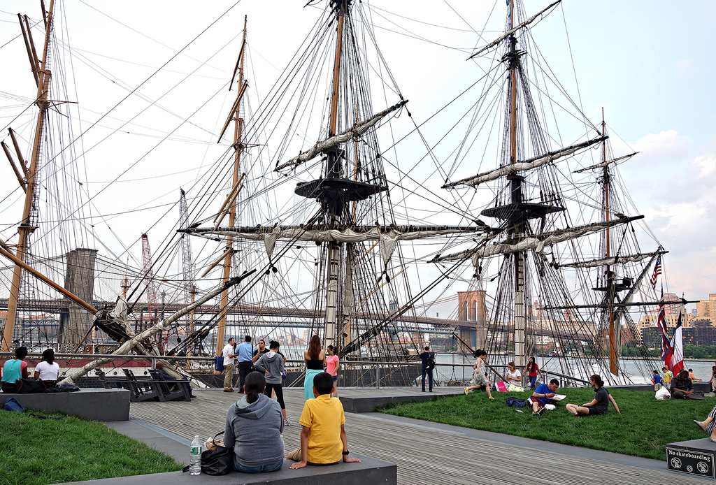 Replica of L'Hermione docked at the South Street Seaport after a 31-day journey on the Atlantic (photo by the author for Hyperallergic)