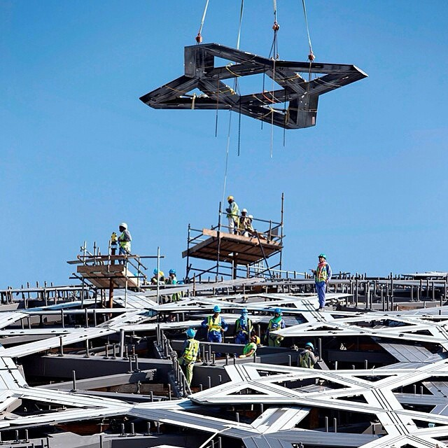 Construction on the dome of the Louvre Abu Dhabi (photo by TDIC/Instagram)