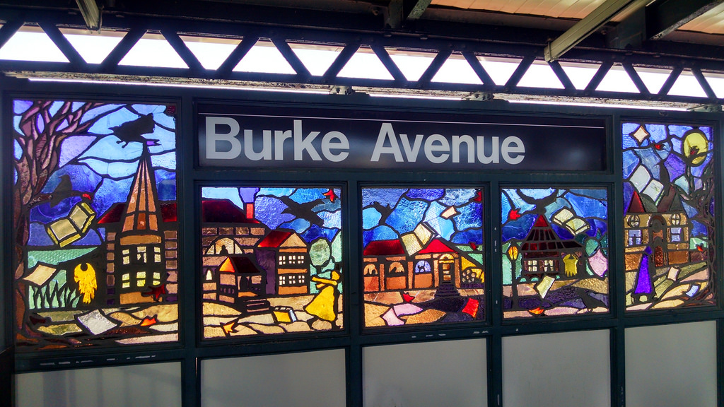 """Béatrice Coron, """"Bronx Literature"""" (2006) in the Burke Avenue station on the 5 line (photo by The All-Nite Images, via Flickr)"""