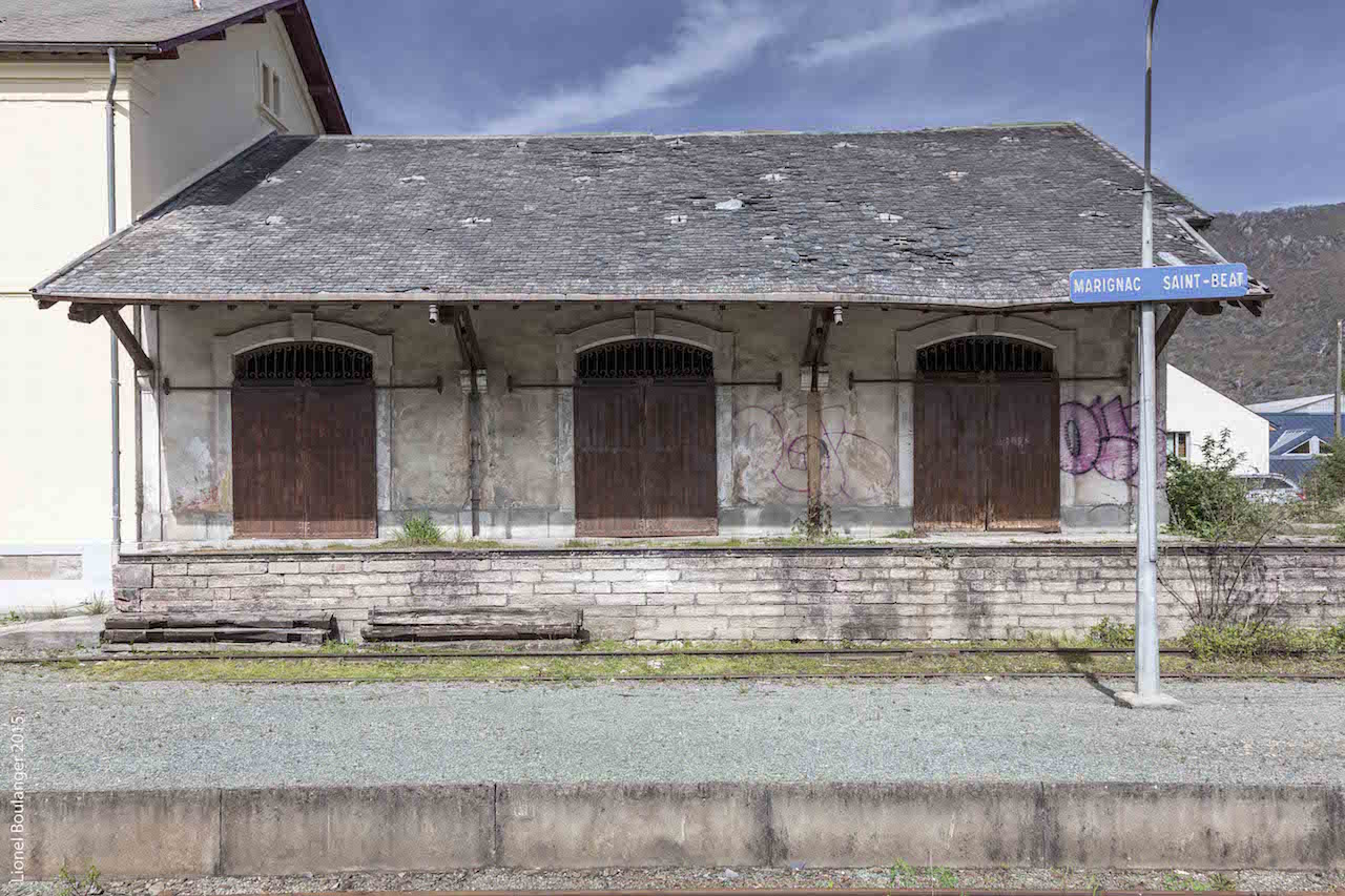 The abandoned train station in Marignac