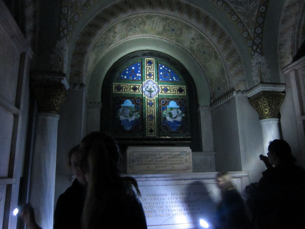 Stained glass in the Morosini Mausoleum in Woodlawn Cemetery, The Bronx (photo by the author for Hyperallergic)
