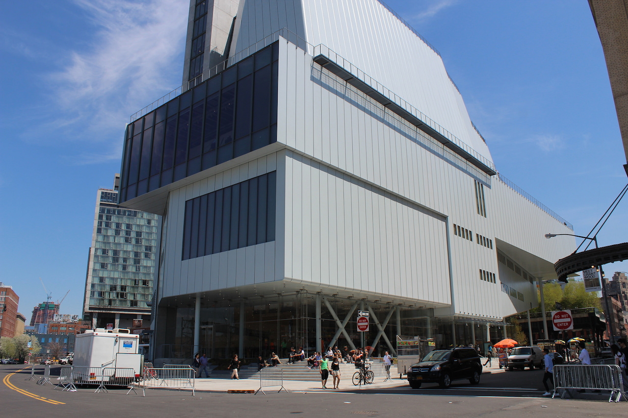 The current Whitney Museum by Renzo Piano (photo by Shinya Suzuki/Flickr)