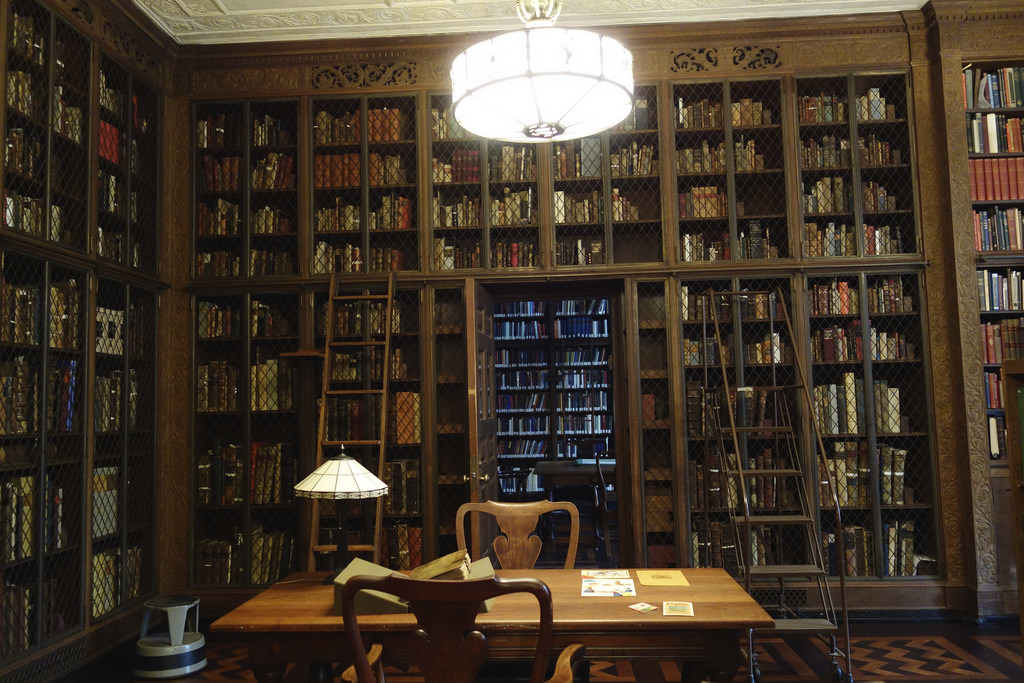 Rare Book Room at the New York Academy of Medicine (photo by the author for Hyperallergic)