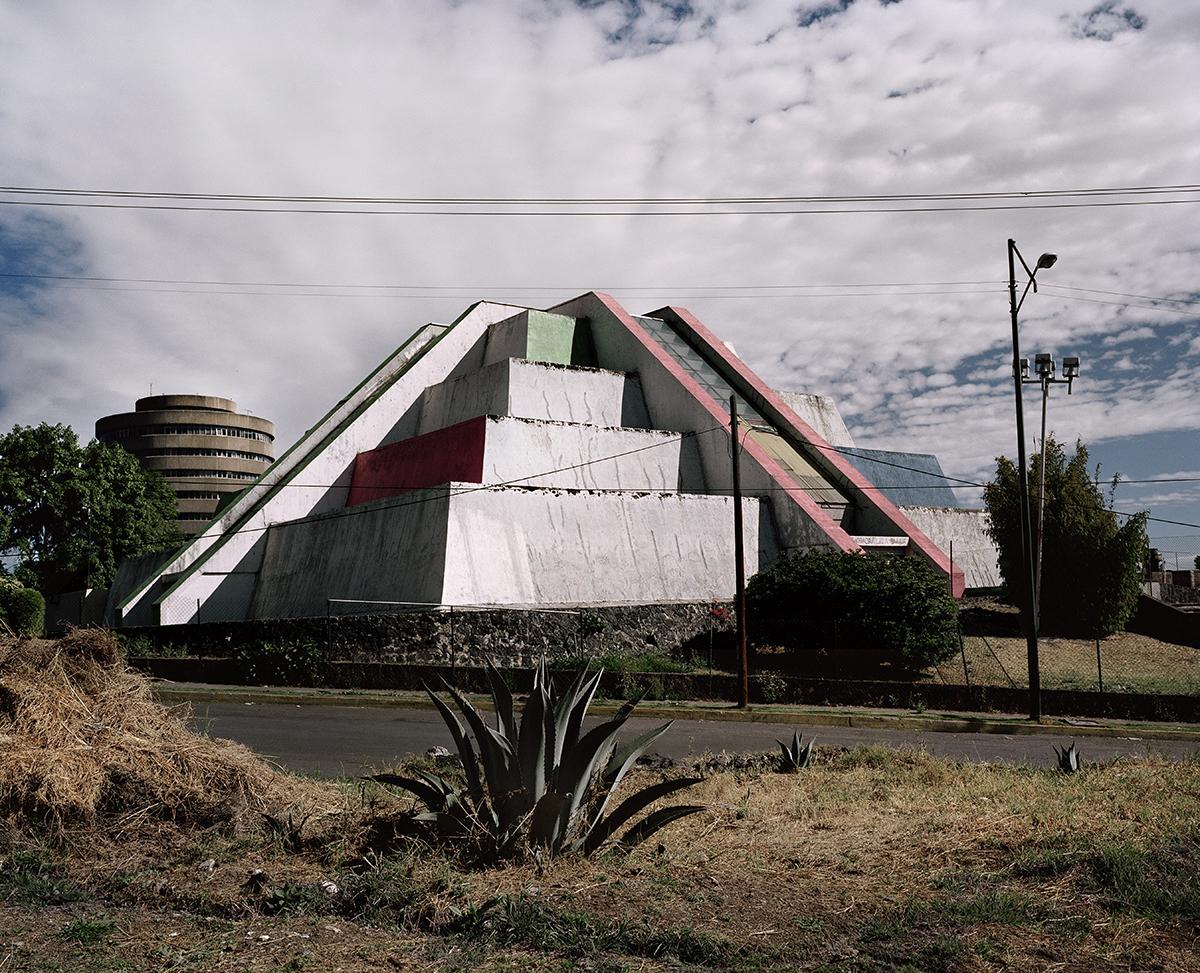 """Pablo López Luz, """"Picacho II"""" (2011), Mexico City"""
