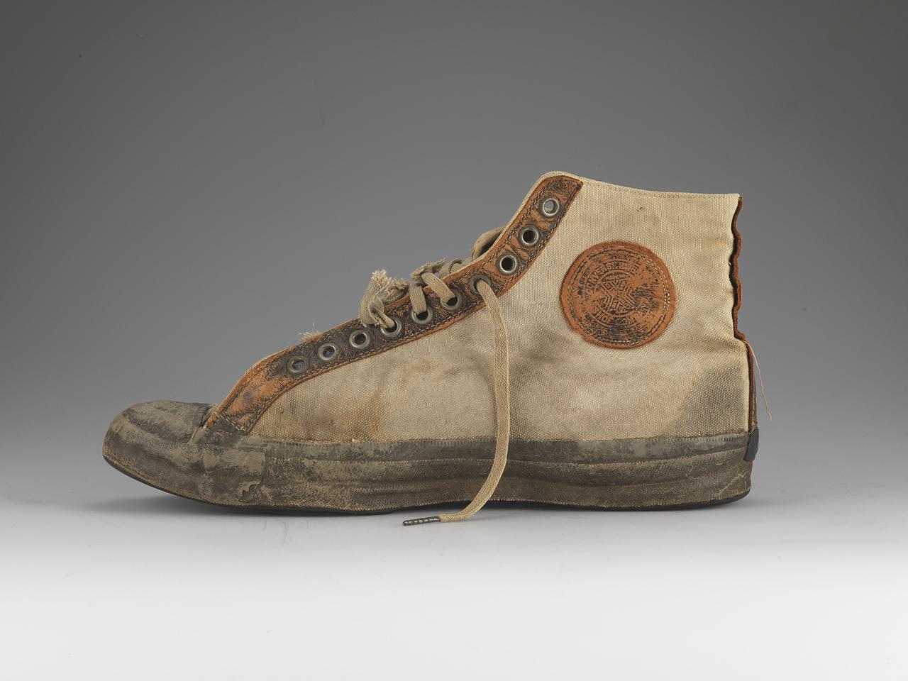 converse shoes company