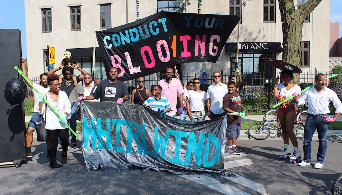 Artists and families gather for the Black Love Procession in front of the Chicago Defender office in Bronzeville in the city of Chicago (images by the author for Hyperallergic)