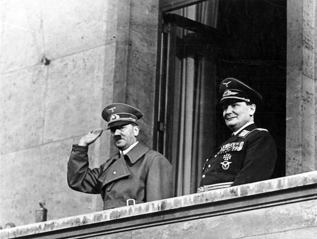 Adolph Hitler and Hermann Göring (Image via Wikimedia)