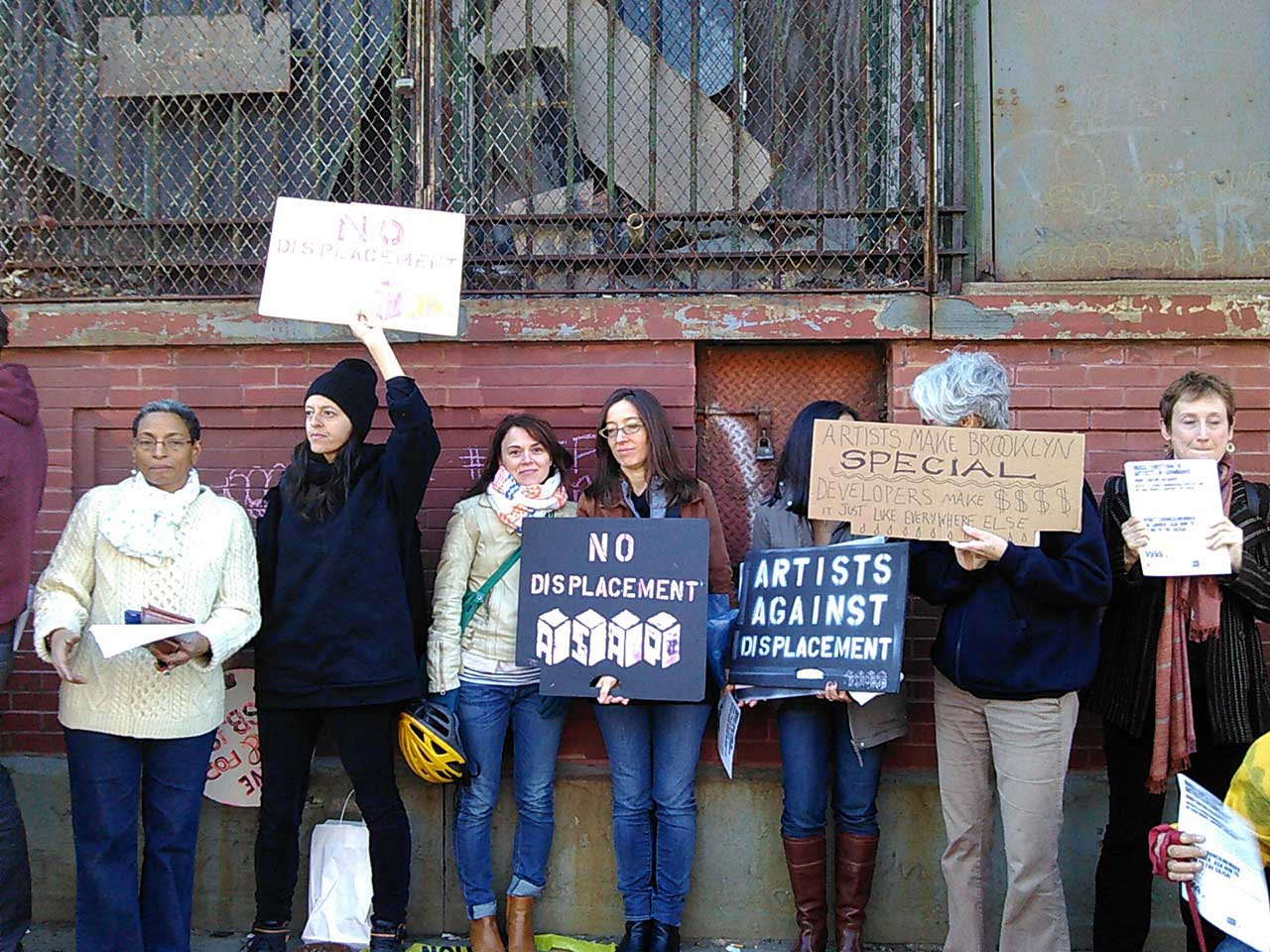 Protesters in Gowanus on the morning of Saturday, October 17, 2015 (all photos by the author for Hyperallergic)