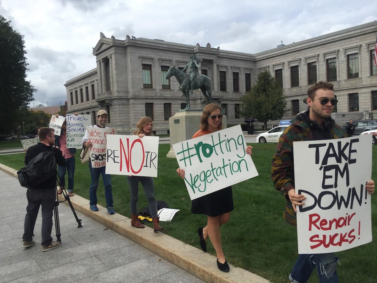Protestors outside the MFA Boston on Monday (all photos courtesy Max Geller)