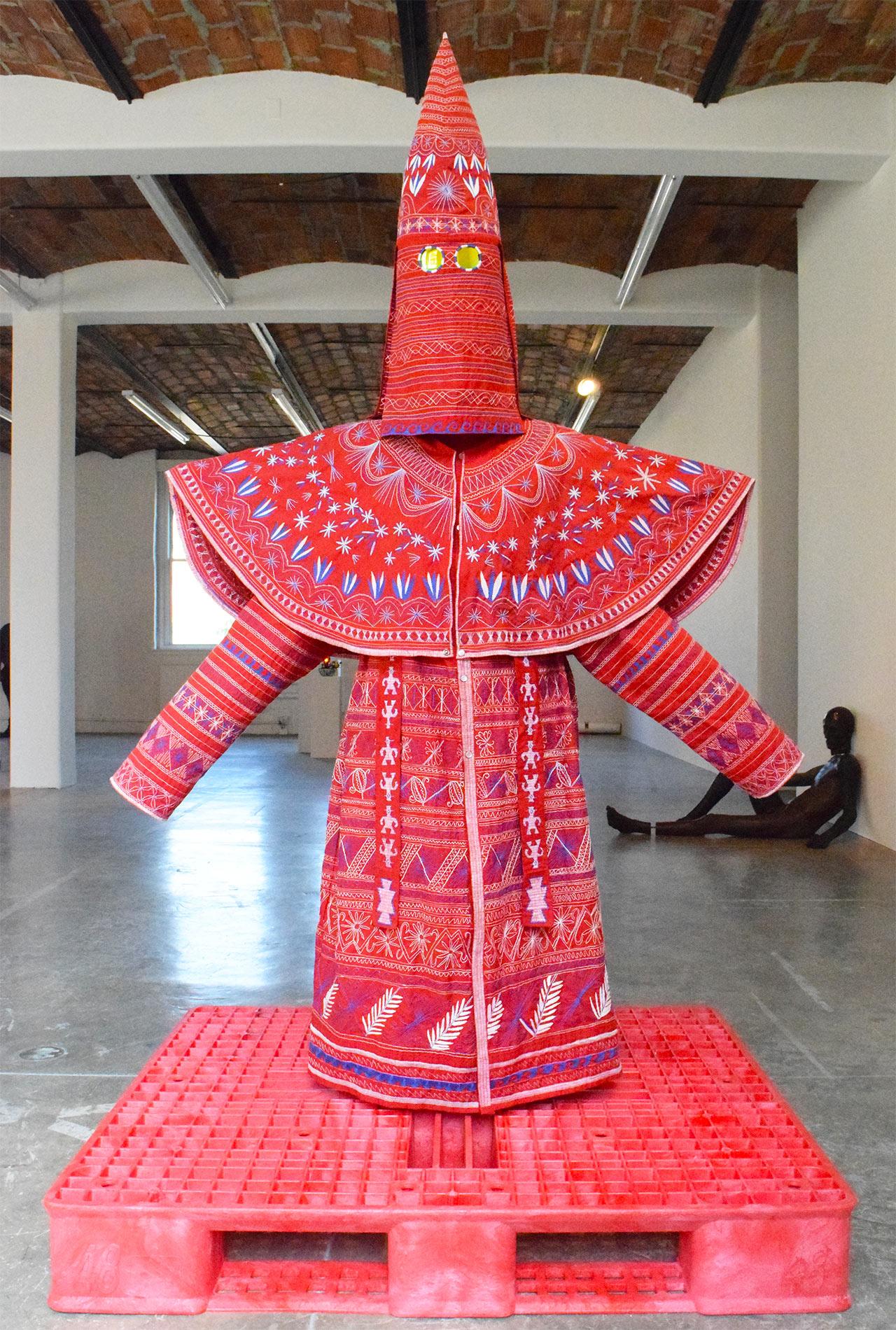 """Ignacio Gonzalez-Lang, """"Kueens"""" (2009)"""
