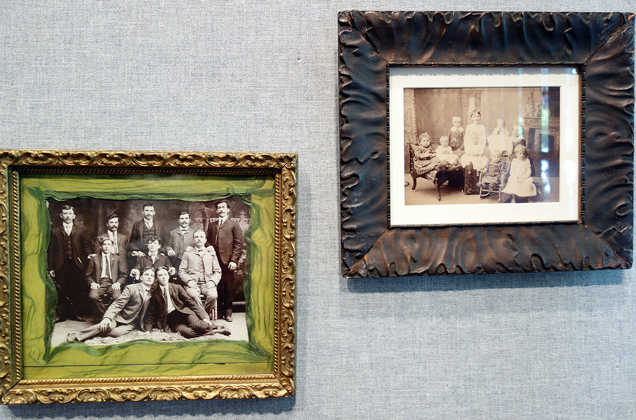 Installation view of 'unt's Three Ring Circus: American Groups Before 1950' (photo by the author for Hyperallergic)