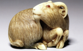 Post image for The Ghosts, Mermaids, and Beautiful Rats of Japan's Tiny Netsuke Carvings