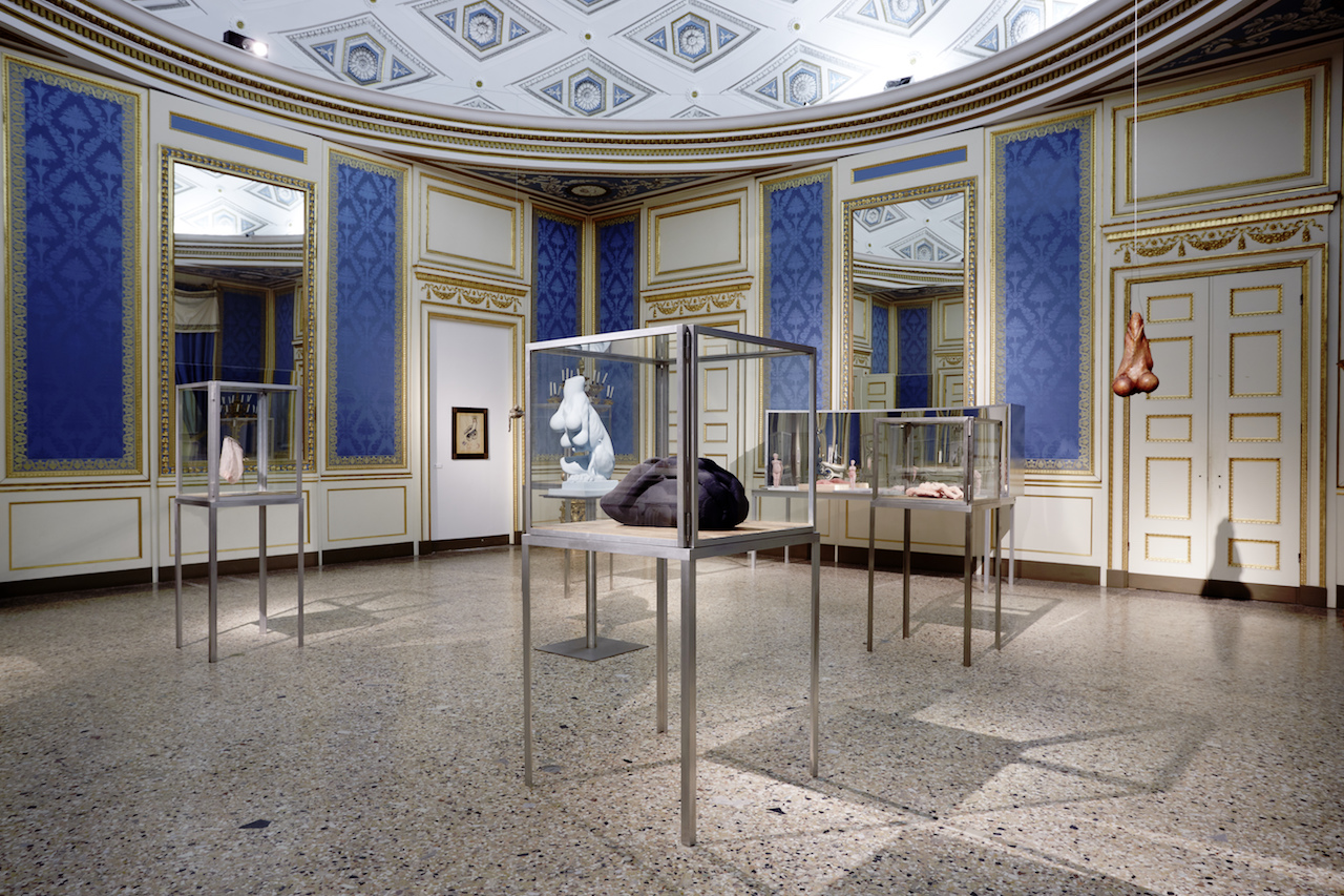 Works by Louise Bourgeois in 'The Great Mother' (photo by Marco De Scalzi, courtesy Fondazione Nicola Trussardi, Milano)
