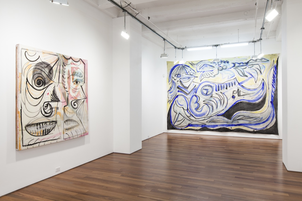 """Installation view, 'Alex Crocker: Wyrd' at Ana Cristea Gallery, with """"Double GodHead Style"""" (2015), pigment, rabbit skin glue, beetroot, oil stick and oil on canvas, 65 x 63 in, at left and """"Skye Saxon and The Seeds"""" (2015), pigment, rabbit skin glue on canvas, 118 x 157 in, at right"""